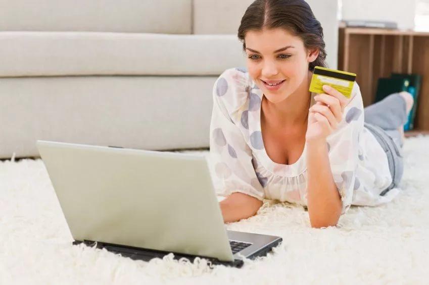 Россияне стали больше заказывать товаров через интернет СИАН