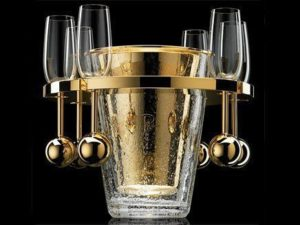 Самое дорогое ведерко для шампанского за 724 460 долларов